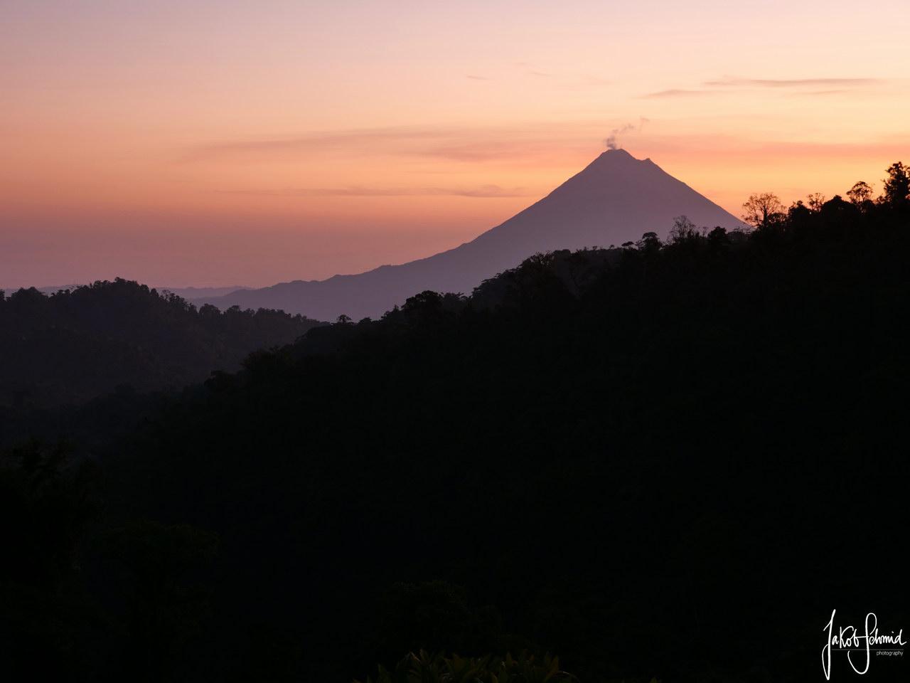 Costa Rica Vulkan Arenal Sonnenaufgang