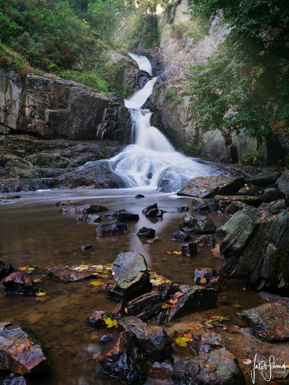 Normandie Mortain Wasserfall