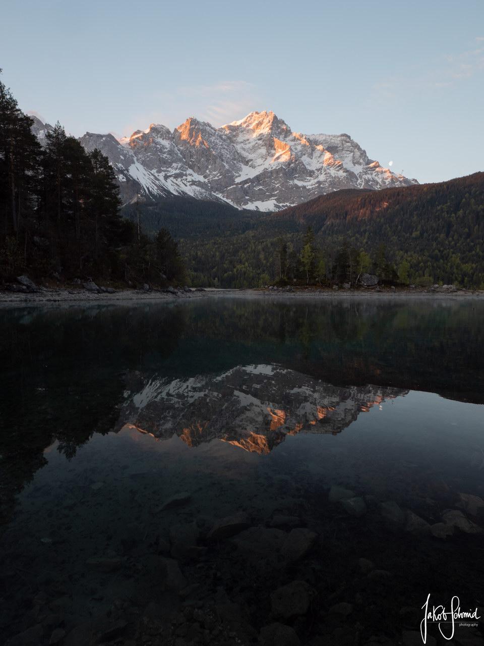 Bayern Eibsee Zugspitze Spiegelung
