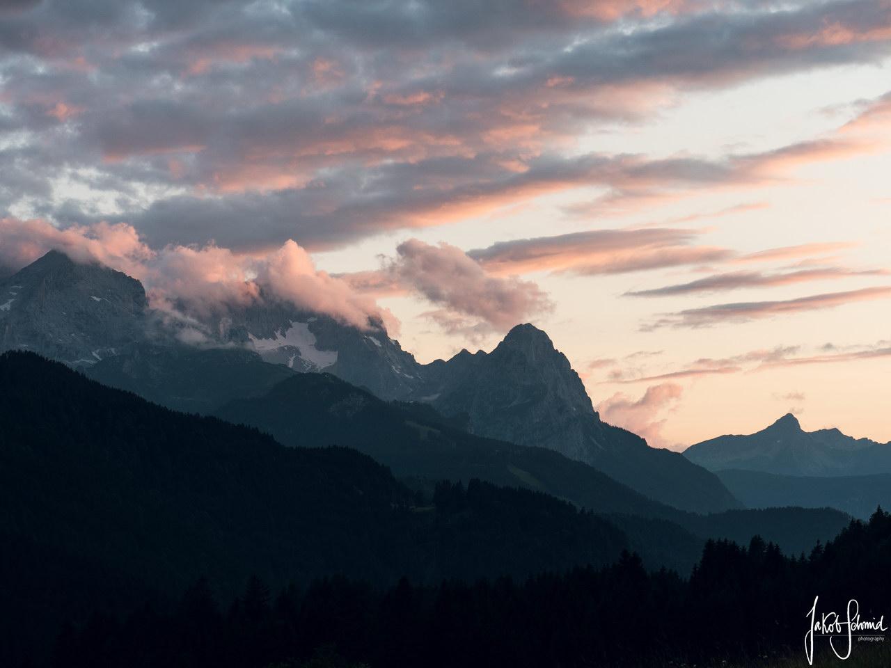 Bayern Zugspitze Wettersteingebirge Sonnenuntergang